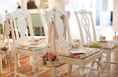 Floral Ceremony Decor For Any Wedding Style | WeddingWire: The Blog