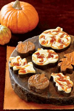 Topped with cream cheese frosting and swirls of pumpkin butter, these are no ordinary brownies. Cut into autumn shapes, such as pumpkins…
