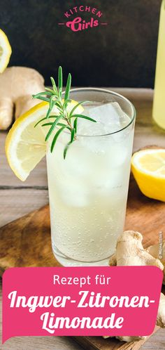 Limonade selber machen: Rezept für Ingwer-Zitronen-Limonade Haga su propia limonada: receta de limonada de jengibre y limón Getränke Ginger Lemonade, Pineapple Lemonade, Refreshing Drinks, Summer Drinks, Homemade Lemonade Recipes, Vegetable Drinks, Alcohol Recipes, Non Alcoholic Drinks, Cocktails