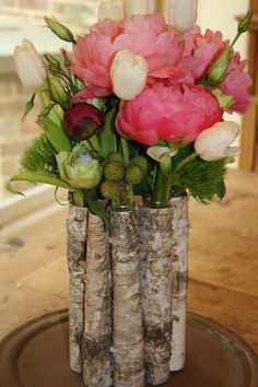 wedding table decorations...this arrangement looks great on a wedding table, kitchen table, bathroom counter or bedside table. It's just that beautiful and yet that versatile.