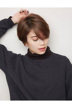 前髪長めで『大人カッコいい』ショートヘア!   美容室カキモトアームズのおすすめヘアスタイルカタログ