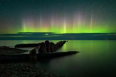 The U.S.'s upper Midwest is a little known region for spectacular aurora hunting Borealis Lights, Rainy Lake, National Geographic Photography, Backpacking Trails, Pictured Rocks National Lakeshore, Dark Site, Picture Rocks, Light Pollution, See The Northern Lights