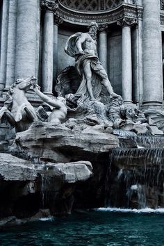 take me to rome. these sculptures are still but I can see the agony, I can hear them.