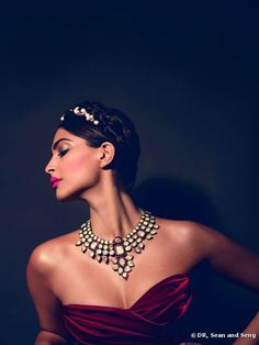 Get @SonamAKapoor's beauty look from her L'Oreal photo shoot at #Cannes2012. Find out how, here: http://jugnistyle.com/beauty/get-sonam-kapoors-cannes-2012-beauty-look-with-loreal/#