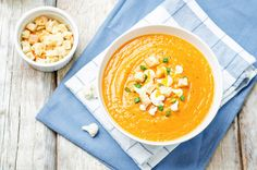 ◍ [GET]◀ Sweet Potatoes Cauliflower Soup Appetizer Autumn Bowl Broth Brown Carrot Breakfast Table Setting, White Bean Chicken Chili, Soup Appetizers, Cauliflower Soup, Soup Recipes, Sweet Potato, Curry, Potatoes, Vegetarian
