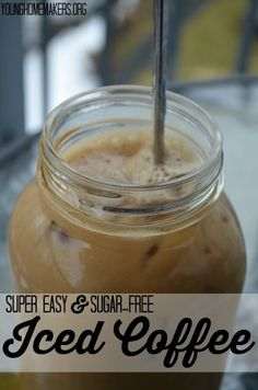 Do you love sipping on iced coffee...but hate the sugar that tends to come along with it? Try this recipe for simple, sugar free iced coffee with flavor options! | Young Homemakers
