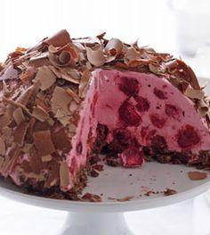 Kirsch-Kuppeltorte - Kühlschrankkuchen: Kuchen ohne Backen - [LIVING AT HOME]