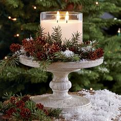 christmas centerpieces If the climate allows, consider an idea of rocking woodland winter wedding thats a dream! A forest covered with beautiful sparkling snow. Noel Christmas, Christmas Candles, Country Christmas, Christmas Projects, All Things Christmas, Winter Christmas, Christmas Wedding, Christmas Candle Holders, Christmas Greenery
