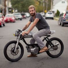 28 Best Motorized Bicycle From Time To Time - vintagetopia Moped Bike, Cafe Racer Motorcycle, Motorcycle Design, Bike Design, Cafe Racer Build, Cafe Racer Bikes, Skyteam Ace, Vintage Moped, Custom Moped
