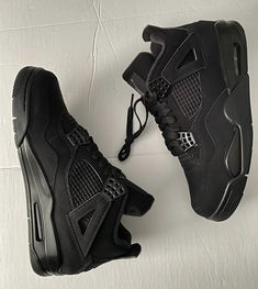 Goth Shoes, Swag Shoes, All Black Shoes, Black Sneakers, Jordan Shoes Girls, Girls Shoes, Black Retro Jordans, Mens Jordans, Jordan Black Cat