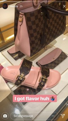 2019 New Louis Vuitton Handbags Collection for Women Fashion Bags have it Cute Sandals, Cute Shoes, Me Too Shoes, Vuitton Bag, Louis Vuitton Handbags, Tote Handbags, Louis Vuitton Slides, Shoe Boots, Shoes Heels
