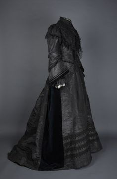 1870-1880 silk mourning dress via National Trust.
