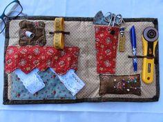 MERPEL, Fet a mà, amb el cor: ANGELA, MONICA Y MERCEDES, NUESTRO PRIMER ENCUENTRO!!! Needle Book, English Paper Piecing, Travel Kits, Knitting Needles, Sewing Crafts, Coin Purse, Quilts, Purses, Bags