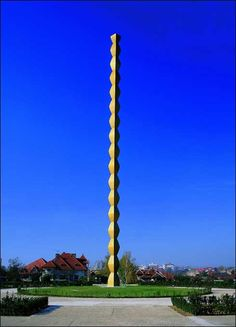 Endless Column by Constantin Brancusi - Targu Jiu , Romania