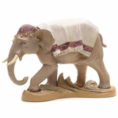Elefante in piedi cm 19 Fontanini Christmas Nativity, Statue, Big And Beautiful, Lion Sculpture, Elephant, Crafts, Pie, Window, Display