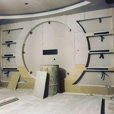 در حال اجرا یه نیم ساعت دیگه کار من تمومه ... Lcd Wall Design, House Ceiling Design, Bedroom False Ceiling Design, Partition Design, Office Cabin Design, Tv Unit Decor, Tv Unit Furniture, Modern Tv Wall Units, Tv Unit Design