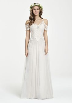 Ti Adora is available at Belltown Bride, The Wedding Bell and Marcella's La Boutique. #seattlebride