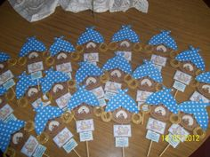 Ideas Para, 25 Mayo, Gingerbread, Jin, Gardens, Living Alone, Crafts For Kids, October, Lamp Shades