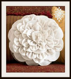 Love this chrysanthemum #pillow! #sew #DIY