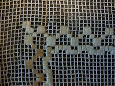 17 x 24 open weave netting with woven ribbon tulips by KaryLynns
