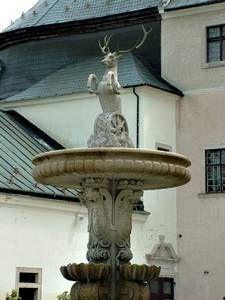 Castle - Červený Kameň. Slovakia.   Fountain Castles, Fountain, Ale, History, Outdoor Decor, Home Decor, Slovenia, Hungary, Historia