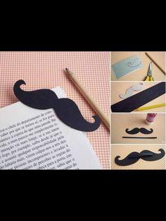 A very easy DIY bookmark.