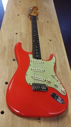 1961 Fender Stratocaster Restoration - 300guitars.com