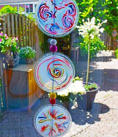 Luxuriöse Summer crafting: make a sunny catch of the sun - Diy Kunst - taktak decor Summer Crafts For Kids, Crafts For Kids To Make, Projects For Kids, Summer Decoration, Diy Decoration, Sea Crafts, Halloween Door Decorations, Have Some Fun, Sun Catcher