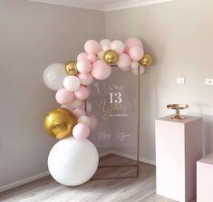Happy Birthday Girls, 13th Birthday Parties, Birthday Cards For Women, Simple Birthday Decorations, Ballon Decorations, Deco Ballon, Decoration Evenementielle, Party Frame, Birthday Design