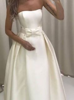 Neck Lines, Gown Skirt, Wedding Gowns, Satin, Female, Skirts, Fashion, Homecoming Dresses Straps, Moda