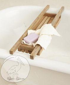 28 Ideas bath tray caddy rustic for 2019 Bath Caddy Wooden, Bath Tray Caddy, Wood Bath Tray, Wooden Bath, Bathtub Caddy, Wood Bathtub, Bathtub Tray, Country Farmhouse Decor, Rustic Decor