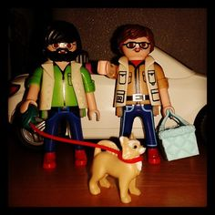 De paseo con Rocco!!!! #playmobil #playmobilgram #playmobilfans #playmolovers #porDior #meencanta #melocomo #moderna #postureo #instaclicks #instaplaymobil #clicksfan #clicks #chihuahueño #chihuahua
