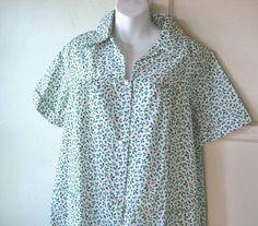 Women's Medium-Lg Vintage Holly Print Housecoat Unworn