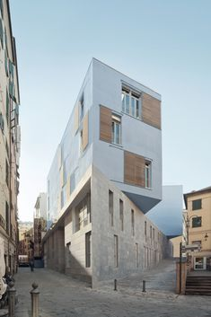 New School In Piazza Delle Erbe, Genoa, Italy - PFP Architekten (Architect In Charge: Jörg Friedrich), 2014