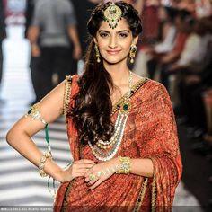 Sonam for Gia Diamonds http://www.giaindia.in/gia/index.aspx @ India International Jewellery Week 2013 (jewelry inc maang-tika & haath phool)