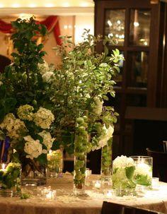 シェ松尾青山サロン様の装花 りんごとあじさい : 一会 ウエディングの花