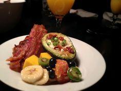 DIY Thursday: Breakfast for Dinner - Brunchosaurus Baked Avocado, Avocado Egg, Baked Eggs, Breakfast For Dinner, Diy For Girls, Fruit Salad, Zucchini, Thursday, Bacon