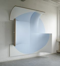 There is no point in light blue Jan Maarten Voskuil <-- Born 1964 Arnhem