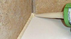 """Comment identifier les fuites dans une douche ? Un receveur cassé ou ébréché et qui fuit peut causer des dommages irréversibles aussi bien pour le receveur s'il est moulé dans une matière irréparable (comme certaines pierres difficiles à """"étanchéifier"""" même avec un hydrofuge) que pour l'étanchéité de la douche dans son ensemble. La règle générale …"""
