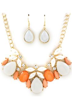 Apricot Maggie Necklace