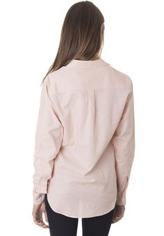 Febe Tropical Blush, Casual linen shirt with roll-up tabs French Seam, Laid Back Style, Shirt Blouses, Shirts, Boyfriend Style, Mother Of Pearl Buttons, How To Roll Sleeves, Everyday Look, Blush