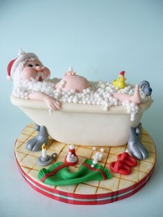 Santa taking a bath Cake ~ way too cute!