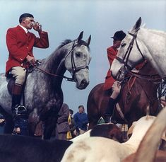 circa Fox hunters, mounted on horseback, pause for a tipple during a hunt. (Photo by Chaloner Woods/Getty Images) 1950s Fashion Photography, Collection Company, Fox Hunting, Horse World, Your Spirit Animal, World's Most Beautiful, English Style, Sports Art, Esquire