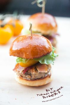Bring a batch of BLT Turkey Burgers to your next bash and watch them fly off the plate! These mini sliders are packed with protein and topped with crispy bacon, fresh butter lettuce, and a dab of mayo—an instant crowd-pleaser. Turkey Burger Sliders, Teriyaki Beef Jerky, Yummy Food, Tasty, Fun Food, Beef Bourguignon, Frozen Blueberries, Caramelized Onions, International Recipes