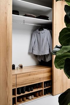 Actually, any size is functional for the smart closet system. The most important thing is that its size is suited to the user needs. The smart closet is a design goal that is very important to our… Bedroom Wardrobe, Wardrobe Closet, Open Wardrobe, Wardrobe Doors, Shoe Storage Wardrobe, Closet Clothing, Master Bedroom, Wardrobe Furniture, Hallway Furniture