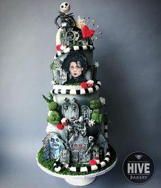 Pasteles Halloween, Bolo Halloween, Halloween Cakes, Halloween Treats, Tim Burton, Beautiful Cakes, Amazing Cakes, Gothic Birthday Cakes, Horror Cake