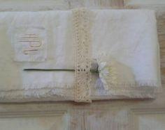 Linen Table Runner, Table Runner , Linen Cloth, Table Decor, Linen Table Cloth, White Sheet, Frayed Linen Runner, Vintage Look, Eco-friendly