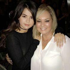 @pelusa_3: Me and Selena @pelusa_3: Yo y Selena #SelenaGomez #Selena #Selenator #Selenators #Fans