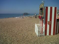 Punch and Judy show on Brighton beach
