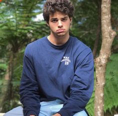 Uploaded by sofia. Find images and videos about cute, boys and noah centineo on We Heart It - the app to get lost in what you love. Billy Crystal, Beautiful Boys, Pretty Boys, Beautiful People, Love Of My Life, My Love, Lara Jean, Famous Men, Hollywood Actor